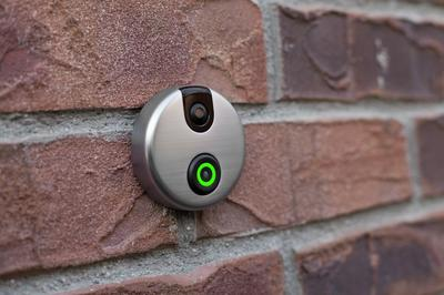 SkyBell is designed and manufactured in Southern California making it a made-in-America product. The circular device houses a small camera at the top that ... & This Smart Home Technology Lets You See Visitors At Your Door Even ... pezcame.com