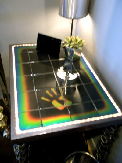 heat sensitive moving color tile for your home