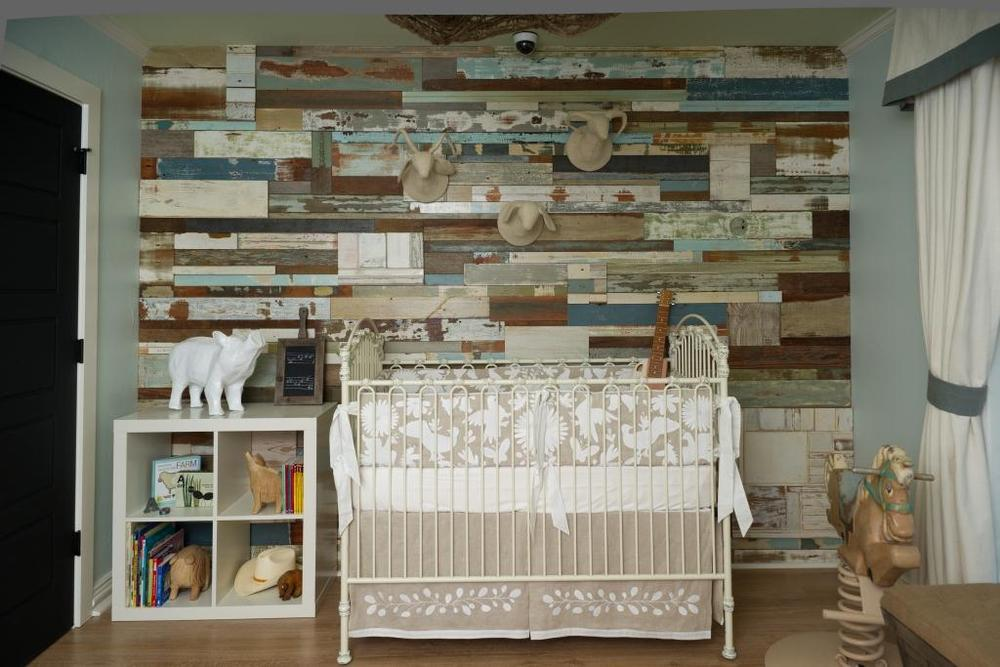 Baby cribs rustic - Accentuate Your Home Decor With An Accent Wall Totalhousehold Com